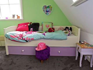 Modern nursery/kids room by Aangenaam Interieuradvies Modern