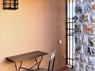 Varanda, marquise e terraço  por CYL estudio