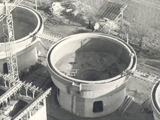 Acquedotto di Cavarzere (RO):  in stile  di Galliera Costruzioni