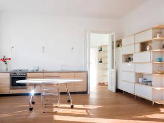 Wohnung D. 1200 Wien Moderne Esszimmer von dietrich + lang architekten Modern