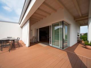 Minimalist house by homify Minimalist Wood Wood effect