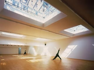 no: Palestra in stile in stile Minimalista di AG&F architetti