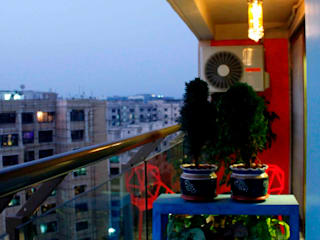 Residence at Raheja, Powai Asian style balcony, veranda & terrace by JRarchitects Asian