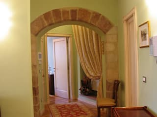 Apartment in Assisi Planet G Classic style walls & floors