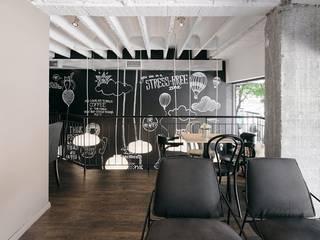 PIXIE progetti e prodotti Modern walls & floors Wood-Plastic Composite
