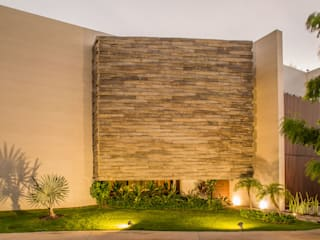 Modern Houses by FGO Arquitectura Modern