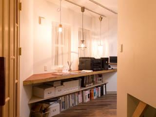 安藤建築事務所: 安藤建築事務所が手掛けた家です。