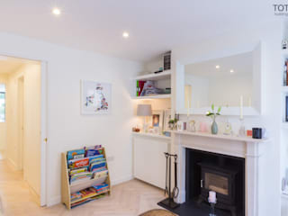 Extension and renovation, Wimbledon SW19 Salon moderne par TOTUS Moderne