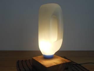 Tisch/Bodenlampe ! Upcycling!:  Wohnzimmer von Holzsteinkunstobjekte