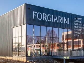Création d'un showroom à Sausheim ( 68 ) par FORGIARINI Moderne