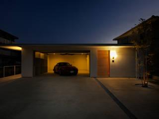 Facade3: Mimasis Design/ミメイシス デザインが手掛けたガレージ&小屋です。,