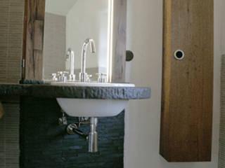 Mediterranean style bathrooms by Büro für Grafik und Innnenarchitektur Mediterranean