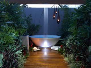 โดย Paul Marie Creation Garden Design & Swimmingpools เอเชียน