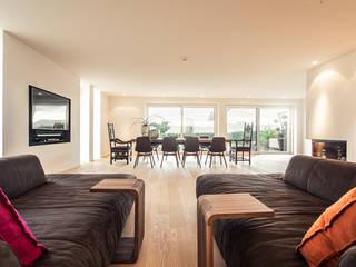 Ruang Keluarga Modern Oleh Meissl Architects ZT GmbH Modern