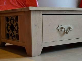 table basse en bois exotique :  de style colonial par GK Meubles, Colonial