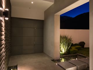 Modern windows & doors by Rousseau Arquitectos Modern