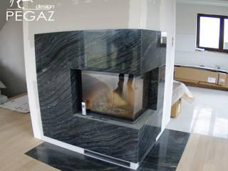 Nowoczesny kominek: styl , w kategorii  zaprojektowany przez Pegaz Design Justyna Łuczak - Gręda,
