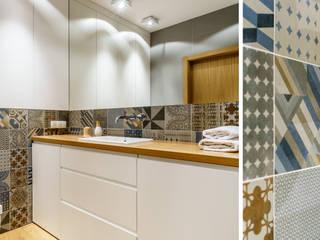 mieszkanie prywatne 3 pokoje - Garnizon - Gdańsk Industrialna łazienka od Anna Maria Sokołowska Architektura Wnętrz Industrialny