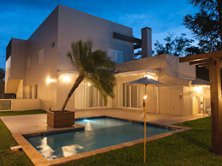 Residência Santa Cruz do Sul - RS Casas modernas por d´ Ornellas Arquitetura e Construção Moderno