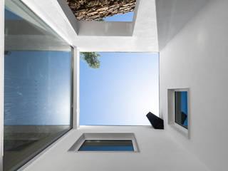 Maisons de style  par FPA - filipe pina arquitectura