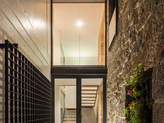 Casa JA: Casas  por FPA - filipe pina arquitectura
