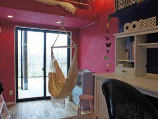 Chambre d'enfant de style  par 西薗守 住空間設計室