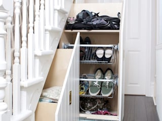 Under Stairs Storage buss Ingresso, Corridoio & ScaleContenitori