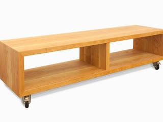 Sitzbank aus massiver amerikanischer Nuss; Lenkrollen mit Bremse:   von Individual Furniture