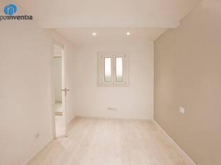 Reforma integral en calle de Snts de Barcelona Dormitorios de estilo escandinavo de Grupo Inventia Escandinavo
