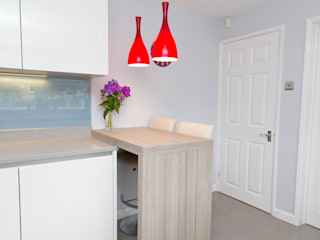 Contemporary Kitchen in Huddersfield at Bradley:  Kitchen by Twenty 5 Design