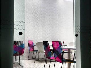 Salle à manger de style  par Wooden, Moderne