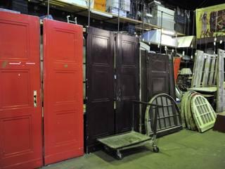 Türen und Oberlichter, Herstellungsjahr um 1900:  Flur & Diele von Bauteilbörse Hannover