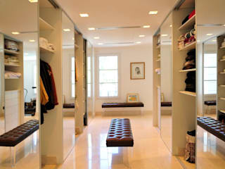 JUNOR ARQUITECTOS Modern dressing room