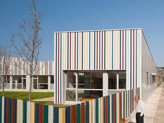 Nursery School, Zarautz Ignacio Quemada Arquitectos Будинки Алюміній / цинк Різнокольорові