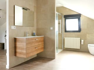 Modern style bathrooms by acertus Modern