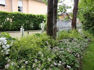 matiteverdi Jardines de estilo moderno