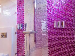 Casas de banho ecléticas por PORTO Arquitectura + Diseño de Interiores Eclético