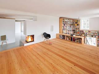 Pühringer GmbH Co KG, Möbellinie Modern living room Wood