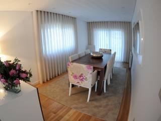 MORADIA UNIFAMILIAR, VISEU: Salas de jantar  por Atelier Ana Pereira Arquitetura e Decoração de Interiores,Moderno