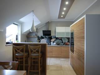 Kuchnia: styl , w kategorii Kuchnia zaprojektowany przez FAJNY PROJEKT