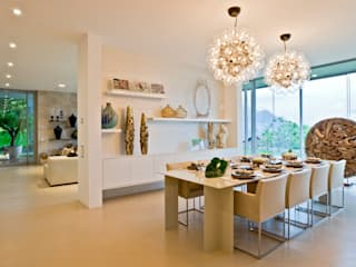 Dining room by Viterbo Interior design,