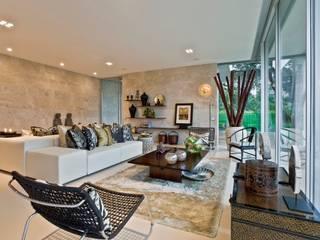 Living Room Salas de estar ecléticas por Viterbo Interior design Eclético