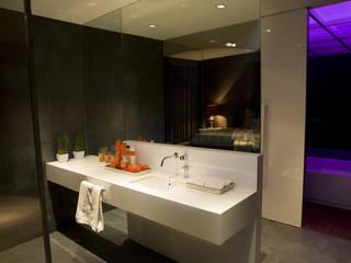 Jorge Cassio Dantas Lda Modern Bathroom