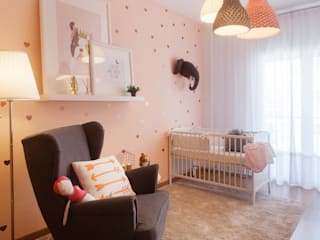 Cuartos infantiles de estilo moderno de MYAH - Make Yourself At Home Moderno