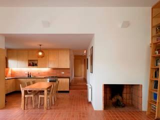 Casa Conde Cozinhas modernas por SAMF Arquitectos Moderno