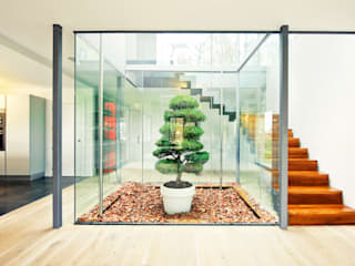 Scandinavian style corridor, hallway& stairs by rdl arquitectura Scandinavian