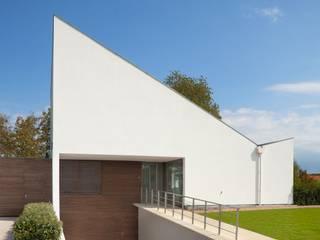 Modern Houses by adsmeuldersarchitect Modern