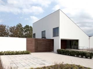 Casas modernas de adsmeuldersarchitect Moderno