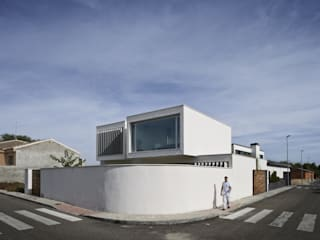daniel rojas berzosa. arquitecto Rumah Minimalis
