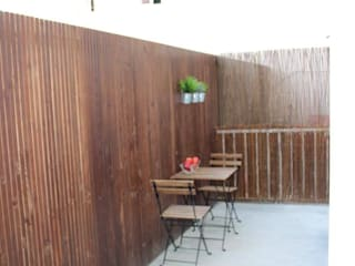 Balcones y terrazas modernos: Ideas, imágenes y decoración de Gabiurbe, Imobiliária e Arquitetura, Lda Moderno